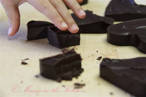 Easy Raw Dark Chocolate Bar